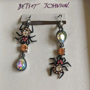 NWT Betsey Johnson Pink Spider Halloween Earrings